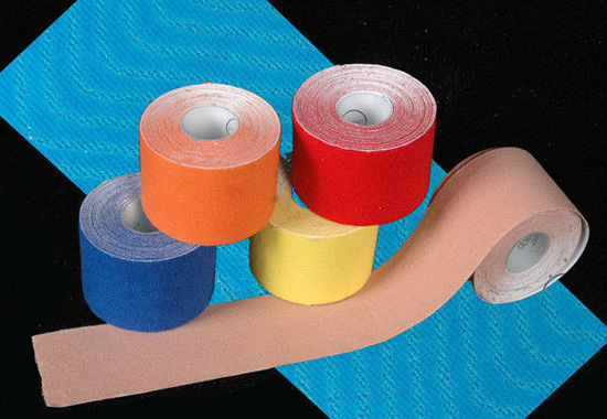 Waterproof Adhesive Physical Therapy Tape, Sport And Physical Therapy Elastic Kinesiology Tape / Kinesiology Tape